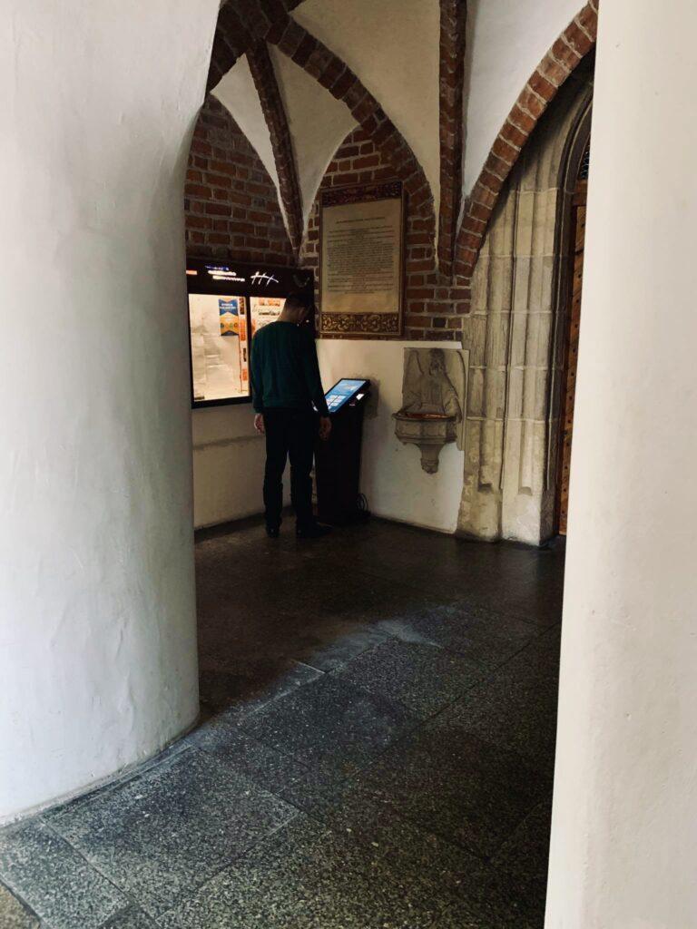 Opole, Parafia Podwyższenia Krzyża Świętego